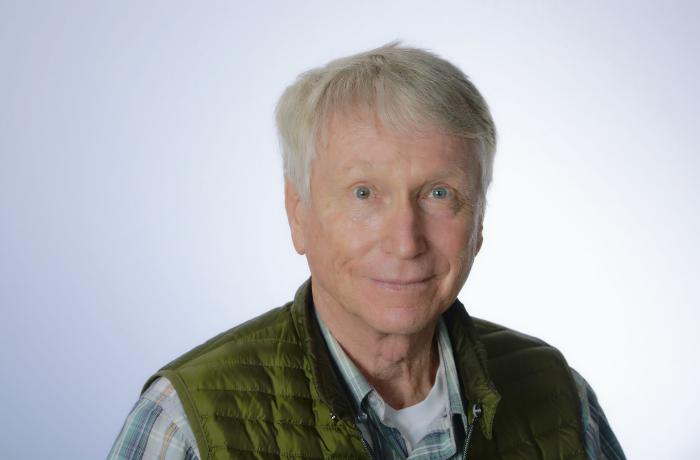 Dr. Manfred Bremer
